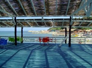 Chiringuito de playa en la Riviera albanesa