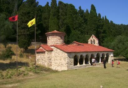 Monasterio de Zvërnec, a escasos once kilómetros de Vlora